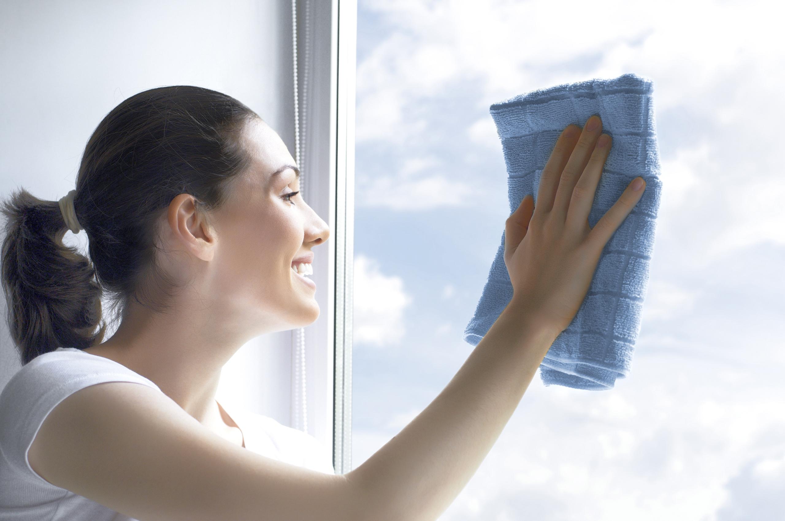 tipps zum reinigen warten und l ften ihrer kunststoff fenster. Black Bedroom Furniture Sets. Home Design Ideas